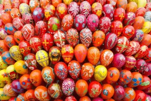 easter_eggs_final_04_slide-448615ee5f4de78b66b454a7f3734169f3f21a94-s6-c30